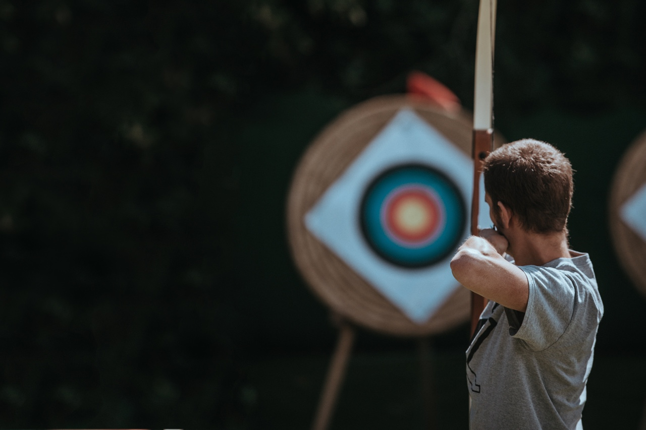 bow and arrow targeting
